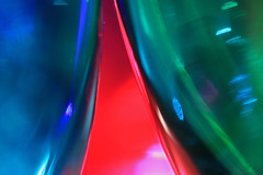 Trinquons ! (Emmanuelle2Aime2Ailes) Tags: macromondays happy10years macro verres glasses couleurs
