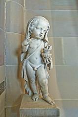 Cherub (teelawn) Tags: chatsworth chatsworthhouse derbyshire derbyshiredales peakdistrict dukeofdevonshire cavendishfamily bessofhardwicl england uk statelyhome cherub sculpture statue