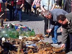 Rastro. Madrid (Ruben Juan) Tags: canon canonista powershot g12 madrid españa spain calle street gente people rastro mercado mercadillo