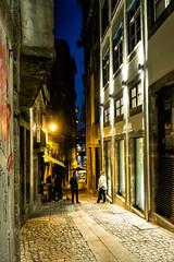 Porto - Portugal (Francisco (PortoPortugal)) Tags: 0842017 20170223fpbo5057a centrohistórico historicalcentre unescoworldheritagesite noite night porto portugal portografiaassociaçãofotográficadoporto urbanscapes nightscapes franciscooliveira