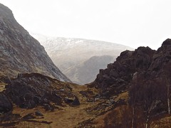 8491 Mist and mountains in Glen Nevis (Andy - Busyyyyyyyyy) Tags: 20170316 clouds ggg glen glennevis mist mmm mountain mountains