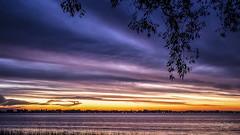 Ocaso de Domingo.... (sacculloruben) Tags: ocasos sunsets sol sun cielos sky