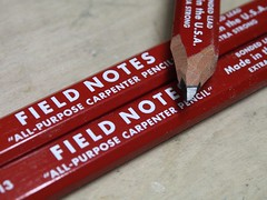 Field Notes Item No. FN-13 (Markus Rödder (ZoomLab)) Tags: fieldnotes bleistift zimmermann zimmermannsbleistift markieren notieren field notes red