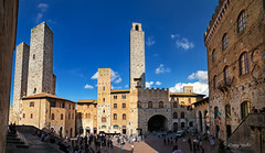 San Gimignano (cherryspicks (on/off)) Tags: sangimignano italy unesco historic architecture city travel buildings tower ancient