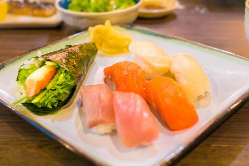 Yummy sushi dinner set!