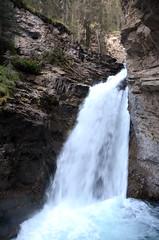 Johnston Canyon Lower Falls Summer 2 (pokoroto) Tags: johnston canyon lower falls summer バンフ banff アルバータ州 alberta canada カナダ johnstoncanyon 8月 八月 葉月 hachigatsu hazuki leafmonth 2016 平成28年 august