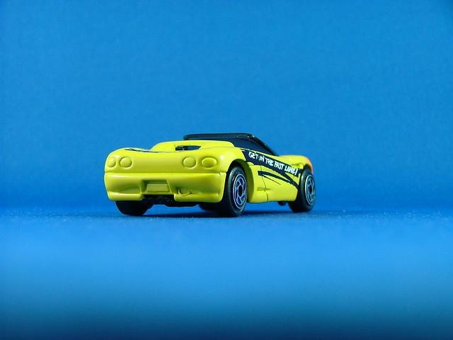 orange chevrolet yellow stingray convertible chevy corvette vette matchbox fluro toyfair superfast mb38 stingrayiii toyfair95 toyfair1995 getinthefastlane