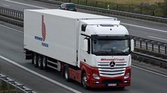 D - Badenhop Fleisch MB New Actros Bigspace (BonsaiTruck) Tags: camion trucks mb lorries lkw actros bigspace badenhop