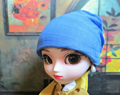 Pullip with a Pearl Earring2 (annesstuff) Tags: dutch painting doll artist audreyhepburn pullip vermeer fashiondoll waterjug johannesvermeer girlwithapearlearring pearlearring junplanning annesstuff grooveine