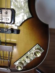 Hofner Vintage 63 (eduardo.capdeville) Tags: germany bass beatle hofner capdeville hfner