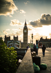 Point of Power (DanCaD69) Tags: uk england london streetphotography parliament bigben