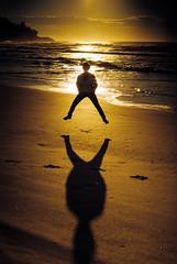 let me see you jump (Andr Lui Bernardo) Tags: beach silhouette sunrise mom jump jumping santacatarina garopaba