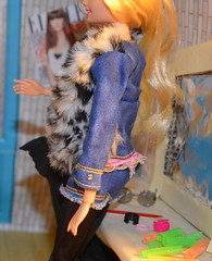 barbie gets ready for her photo shoot-6 (KB-agency) Tags: 1 room barbie style glam backstage luxe