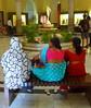 Saris, Chhatrapati Shivaji, Mumbai (blafond) Tags: india museum musee bombay mumbai inde saris chhatrapatishivaji indiennes peopleofmumbai indianladies peopleofbombay