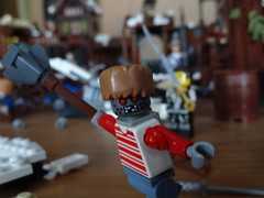 Test-Bot, the Azog imitation (Kevkipo) Tags: test moving movement arms lego rubber cap racoon bot azog