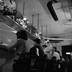 bar (Molaroid909) Tags: street taipei tmy rolleiflex35fplanar