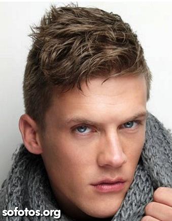 Corte cabelo masculino - máquina nas laterais