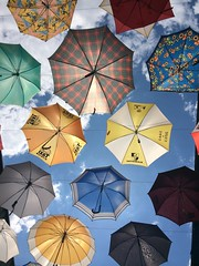 Umbrellas (Claude Schildknecht) Tags: umbrella zurich parapluie