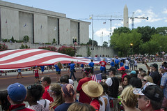 OMG what a big flag (Tim Brown's Pictures) Tags: washingtondc flag americanflag parade july4th 4thofjuly independenceday usflag garrisonflag timbrown constitutionavenw stadiumflag patrioticdecoration july42014 giganticflagsmithsoniannationalmuseumofamericanhistory