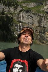El Mese mit dem Ruderboot auf dem Oeschinensee ( Bergsee - See - Lac - Lake ) oberhalb von Kandersteg im Berner Oberland im Kanton Bern in der Schweiz (chrchr_75) Tags: lake lago schweiz switzerland see suisse swiss familie lac kandersteg juli christoph svizzera bergsee berner berneroberland oberland 2014 jrvi mese  suissa oeschinensee s chrigu 1407 kantonbern alpensee chrchr hurni seeli chrchr75 chriguhurni albumfamilie bergseeli chriguhurnibluemailch albumbergseenimkantonbern juli2014 hurni140731 albumoeschinensee