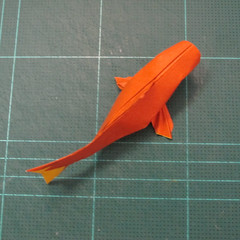 การพับกระดาษเป็นรูปปลาคาร์ฟ (Origami Koi Fish) 049