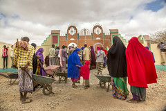 Somaliland_Mar17_1481 (GeorginaGoodwin) Tags: georginagoodwingeorginagoodwinimageskenyakenyaphotojournalistkenyanphotojournalist kenyaphotographer eastafricaphotographer kenyaphotojournalist femalephotographer idps refugees portraits portraitphotographer canon canon5dmarkiii canonphotos drought famine somalia somaliland malnutrition foodsecurity donorfunding aid foodaid wash health sanitation hornofafrica