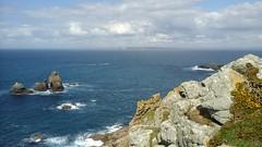 La vie poétique / 340 - Du côté de Goulien (réserve naturelle) - Finistère - Printemps 2017 (jeanyvesriou1) Tags: mer mare sea falaises acantilados scogliere rochers rocks penascos goulien