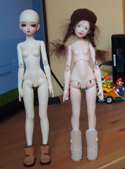 Muse Harmony & Merrydollround Mousse (Tales of Karen) Tags: littlemonica muse harmony comparison merrydollround mousse bjd resin mature tiny gloomy sarubia