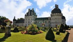 Chateau de Valançay (claude 22) Tags: château valençay indre maisondestampes talleyrand castle loire castillo france châteaux burgen castles parc jardin garden castelli