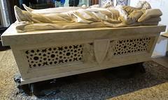 Teruel tumba de alabastro Mausoleo de los Amantes 03 (Rafael Gomez - http://micamara.es) Tags: tumba teruel de los amantes mausoleo alabastro