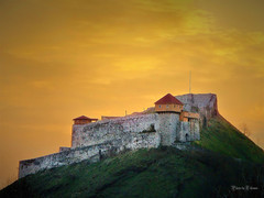 Doboj fortress (Gradina) (Tihomir Pavlović) Tags: fortress tower fort city castle old town light sky sunset clouds urban outdoor historical building medieval structure architecture bastion wall hill history europa 100 comment group