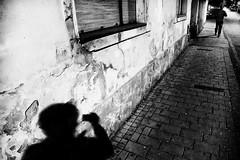street hunter (Zlatko Vickovic) Tags: streetstreetphoto streetphotography streetphotographybw streetbw streetphotobw blackandwhite monochrome zlatkovickovic zlatkovickovicphotography novisad serbia vojvodina srbija