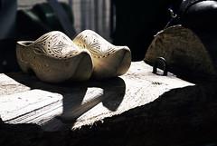 Klompen from Marken (ismalopgar) Tags: ijsselmeer marken netherlands crafts klompen