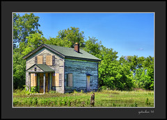 House Ebling Rd (the Gallopping Geezer '4.4' million + views....) Tags: dwelling house home abandoned weathered worn faded neglected derelict rural romeo mi michigan backroad backroads eblingroad macombcounty canon 5ds 24105 geezer 2016