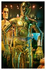 C-3PO (Gretsch*) Tags: london londres angleterre england leicam240 leicasummicron35mmf20asph starwars starwarsidentitiesexhibition o2london leicamptyp240