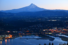 TWILIGHT OVER HOOD RIVER (fosterfanning) Tags: whitesalmon hoodriver mounthood multnomahtribe jfosterfanning