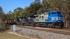 Jolly Rancher with coal loads. (lukeharwell) Tags: coaltrain dukeenergy catawba claremont ge rebuild d940c ac44c6m 4001