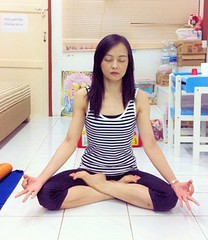 Beautiful Thai Yoga Girl (Andy Arecco) Tags: beautiful yoga lady pose young thai knees suchitra crossed