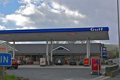 Gulf, Barnoldswick. (EYBusman) Tags: station gulf garage yorkshire dcc north lancashire gas gb service petrol gasoline spar oils filling barnoldswick certas eybusman