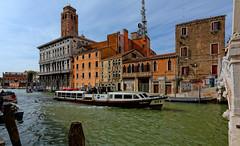Venice : Palazzo Labia dal Ponte delle Guglie.- 2/2 (Pantchoa) Tags: bridge venice italy boat canal nikon italia ponte 12mm venise venecia venezia vaporetto veneto cannaregio guglie d7100 palazzolabia tokinaaf1228mmf4 tokinaatx1228f4prodx