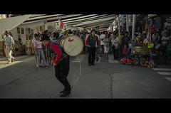 Chinchinero (Rodrigo F. Ramírez) Tags: chile santacruz film dance nikon baile chileno chilean chinchinero loomax d7000