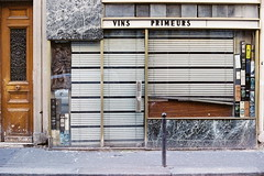 Vins primeurs (lepublicnme) Tags: paris france film analog march kodak vin expired 2008 ultra argentique 2014 primeur