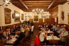 P2440783 (amsfrank) Tags: people germany restaurant cologne haus kln german koeln koln germans keulen schitzel scholzen