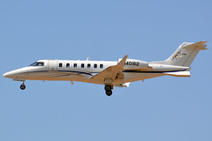 N40162 (Justin_Lawrence) Tags: sky phoenix harbor airport international 70 phx learjet kphx 70004 lj70 n40162