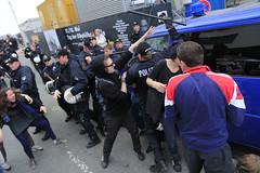 Blockupy Hamburg 170514-111 (photo.graf™) Tags: europa hamburg spd hafencity lampedusa widerstand barrikaden wasserwerfer krawalle linke demontration 170514 polzeieinsatz blockupy