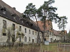 Verlassene Kaserne (.patrick.) Tags: house building abandoned haus soviet disused barracks gebude verlassen kaserne leerstehend sowjetisch