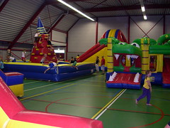 "adventurepark grote zaal 8 • <a style=""font-size:0.8em;"" href=""http://www.flickr.com/photos/125345099@N08/14248831160/"" target=""_blank"">View on Flickr</a>"