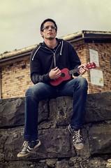 _DSC0721_PE (Lehnistina) Tags: portrait man strand vintage ukulele mann australien brightonbeach