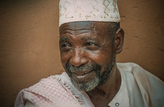 Mali : Gossi #5 (foto_morgana) Tags: africa people beard character afrika mali nikoncoolscan analogphotography afrique persoonlijkheid karakter analogefotografie vuescan nomodelrelease caractre gossi photographieanalogue editorialonly