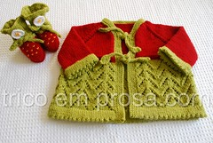 Casaco Helena (tricô em prosa) Tags: baby leaves leaf sweater knitting lace handknit bebê helena folha lacy cardigan seamless knitty tricô renda picot suéter alisongreen semcostura cardigã